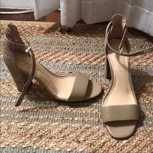 Banana Republic size 8.5 heels